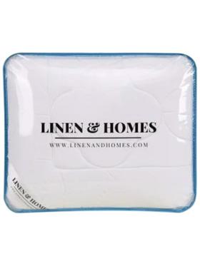 Linen & Homes CloudLight Comforter